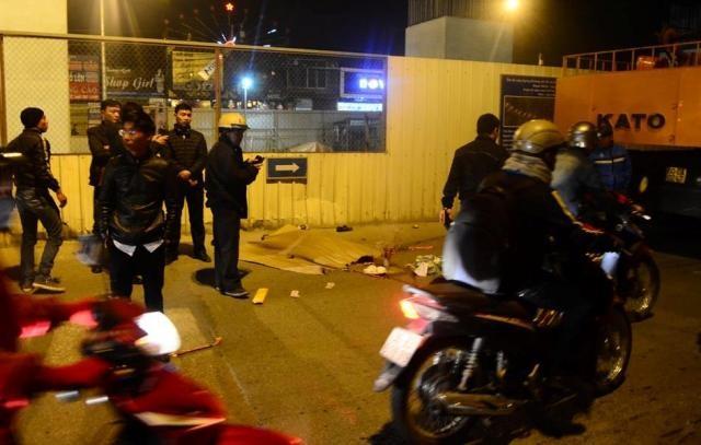 Xe cẩu tông xe máy, nam thanh niên tử vong tại chỗ - ảnh 1