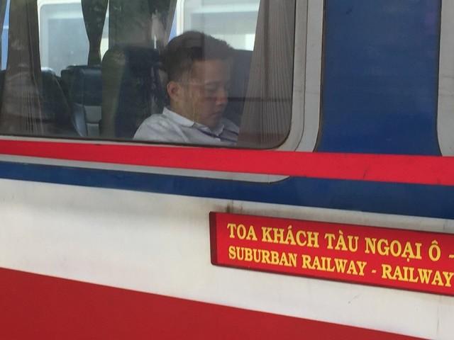 Khai trương chuyến tàu ngoại ô Sài Gòn - Dĩ An  - ảnh 3