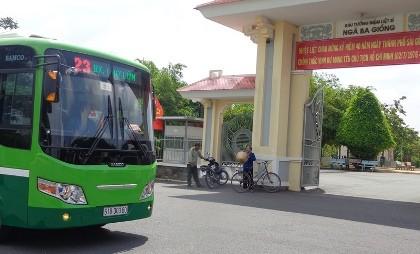 Xe buýt chuẩn đã về 18 thôn vườn trầu - ảnh 4