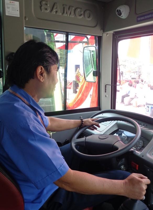 Xe buýt chuẩn đã về 18 thôn vườn trầu - ảnh 6
