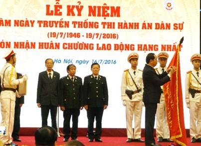 Chủ tịch nước: 'Cần rà soát, hoàn thiện thể chế công tác thi hành án dân sự' - ảnh 1