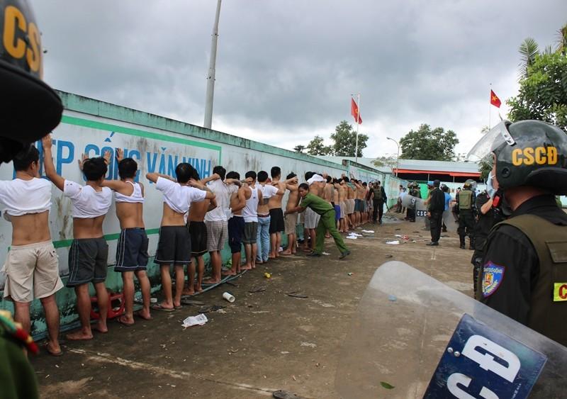 Bắt khẩn cấp 20 đối tượng phá cơ sở cai nghiện Đồng Nai - ảnh 1