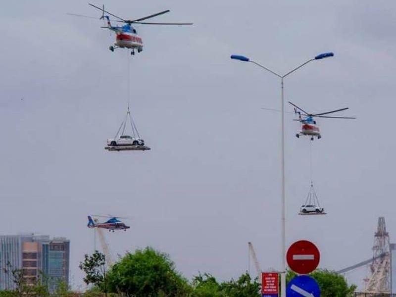 Chùm ảnh:Trực thăng cẩu ô tô bay trên bầu trời Vũng Tàu - ảnh 1