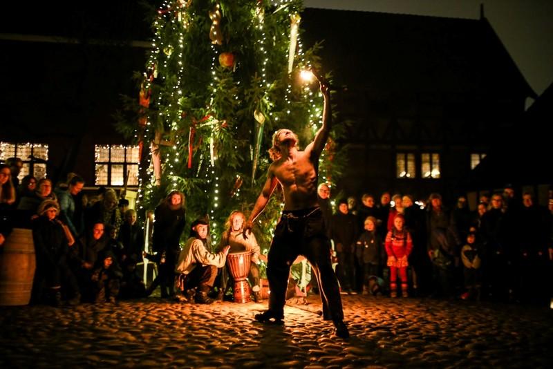 Chùm ảnh: Người dân Bắc Âu chào đón Giáng sinh 2016 - ảnh 18
