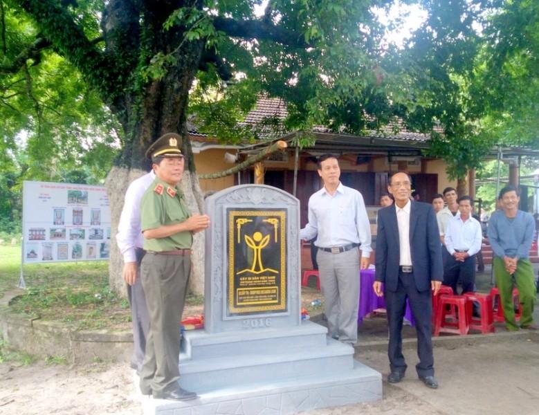 3 cây thị trên 100 năm tuổi được công nhận cây di sản - ảnh 2