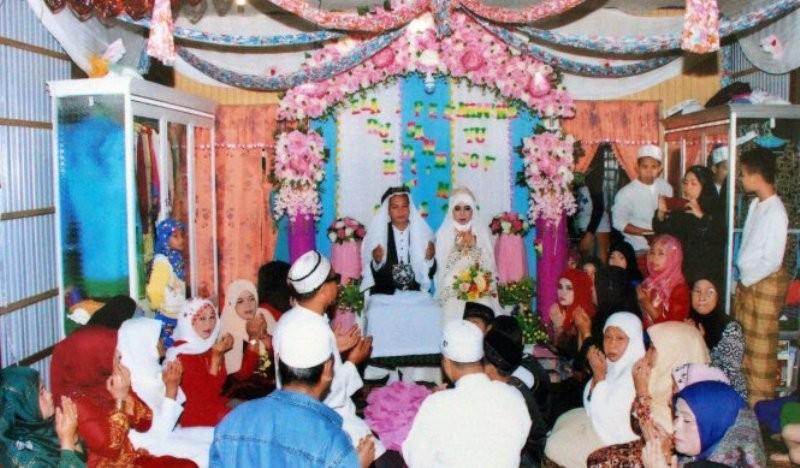 Làng có 40 đám cưới từ mùng 1 đến mùng 6 tết - ảnh 1