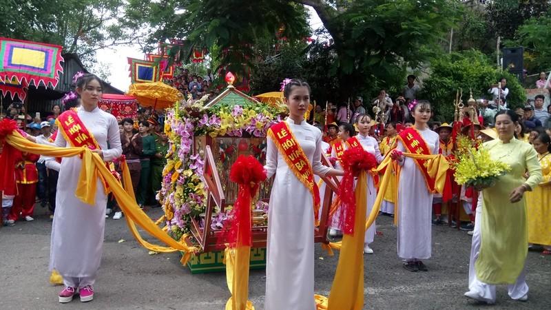 Phục dựng lễ rước tượng Bà Chúa Xứ núi Sam - ảnh 11