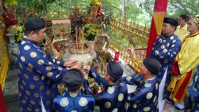 Phục dựng lễ rước tượng Bà Chúa Xứ núi Sam - ảnh 5