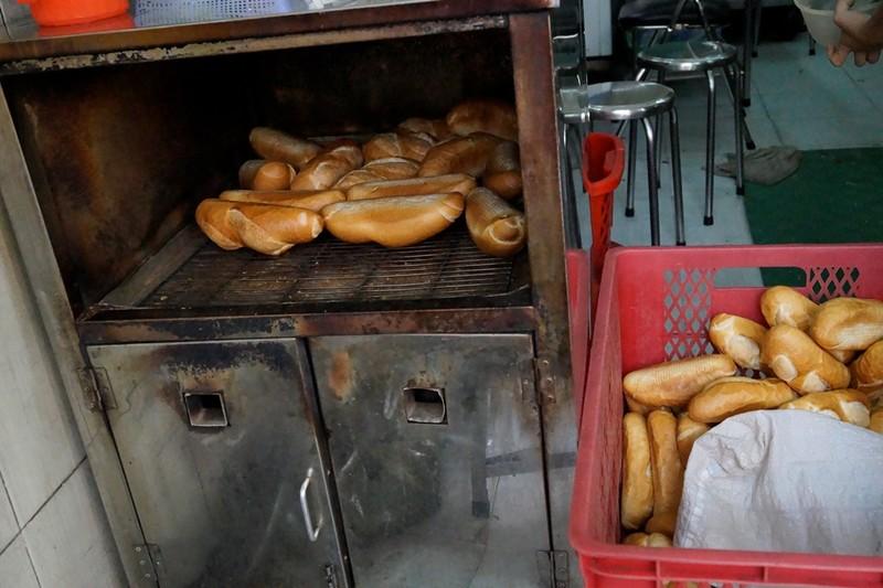 Những quán bánh mì vừa ngon, vừa lạ ở TP.HCM - ảnh 5