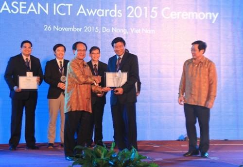 Đà Nẵng đoạt giải nhất về công nghệ thông tin ASEAN 2015 - ảnh 1