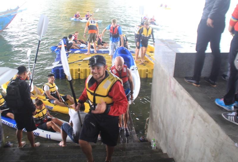Tưng bừng cuộc đua Kayak 'Hào khí trên sông Hàn' - ảnh 4