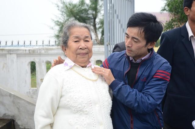 Xúc động lễ tưởng niệm 64 liệt sĩ trận hải chiến Trường Sa - ảnh 5