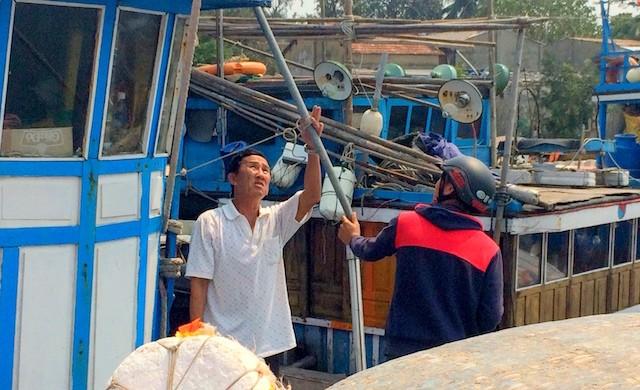 """Quảng Nam: """"Tàu Trung Quốc cố đâm vào tàu chúng tôi trước khi nã đạn"""" - ảnh 5"""