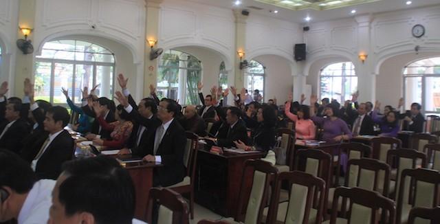 Đà Nẵng: Không ít đại biểu hứa thì mạnh mẽ, thực hiện thì yếu - ảnh 2