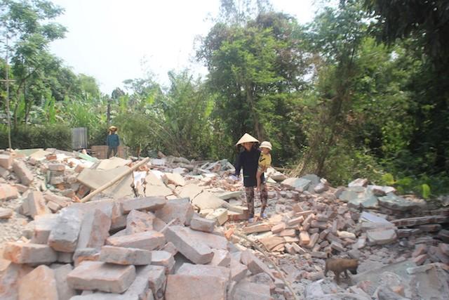 Yêu cầu PGĐ Trung tâm Phát triển quỹ đất xin lỗi dân - ảnh 3