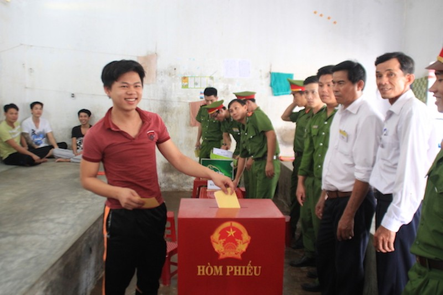 Đà Nẵng: Đưa phiếu bầu đến từng buồng giam  - ảnh 3