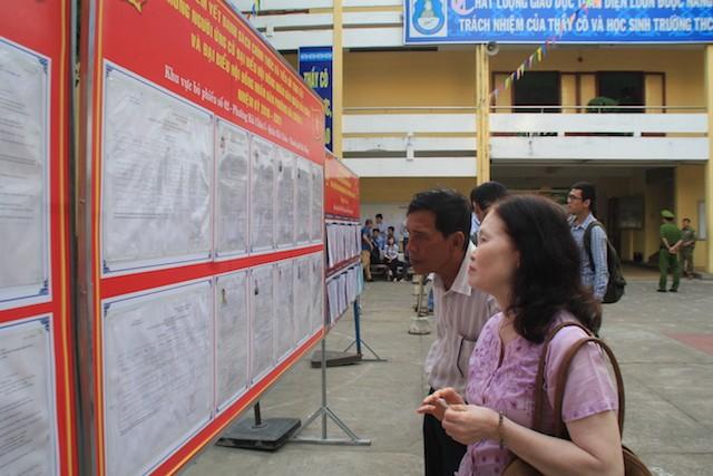 Bí thư Thành ủy Đà Nẵng Nguyễn Xuân Anh bỏ phiếu đầu tiên - ảnh 1