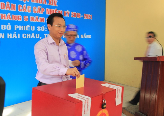 Bí thư Thành ủy Đà Nẵng Nguyễn Xuân Anh bỏ phiếu đầu tiên - ảnh 6