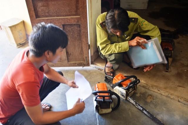 Quảng Nam: Bắt 3 nghi can phá rừng - ảnh 2
