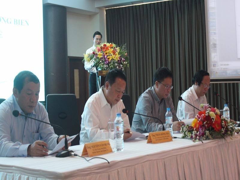 Bộ trưởng Trần Hồng Hà chủ trì hội nghị. Ảnh: Nguyễn Do