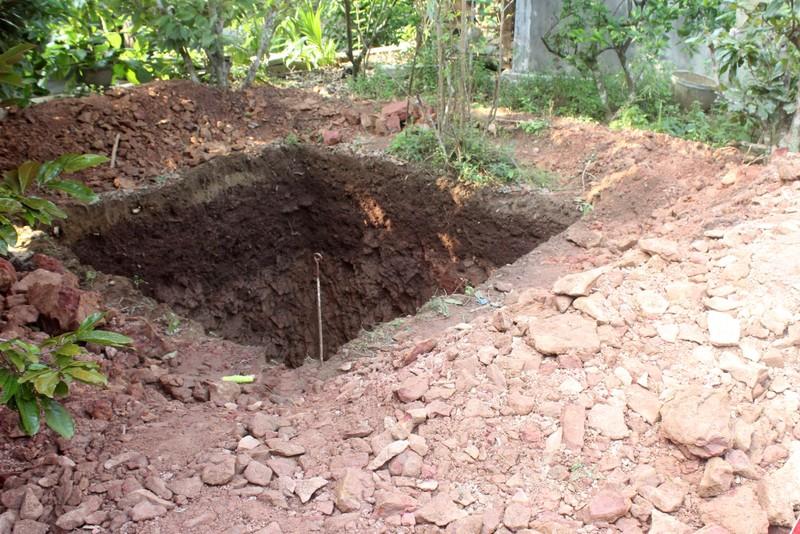 Thấy gì khi khai quật khu vực mộ vua Quang Trung  - ảnh 1