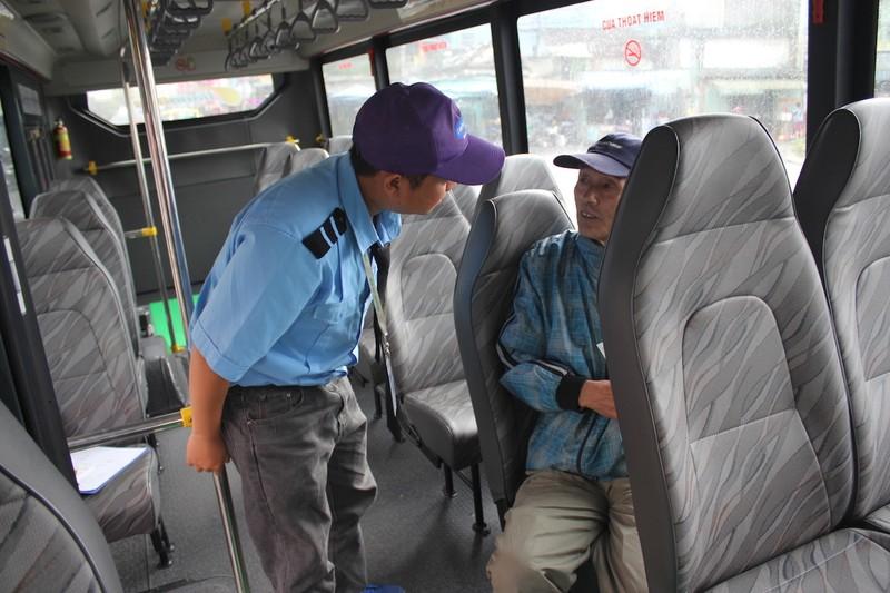 Đà Nẵng: Xe buýt trợ giá vắng bóng người đi - ảnh 4