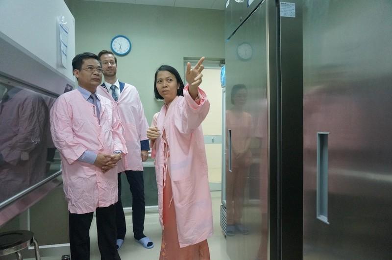 Lần đầu tiên Việt Nam có ngân hàng sữa mẹ  - ảnh 1