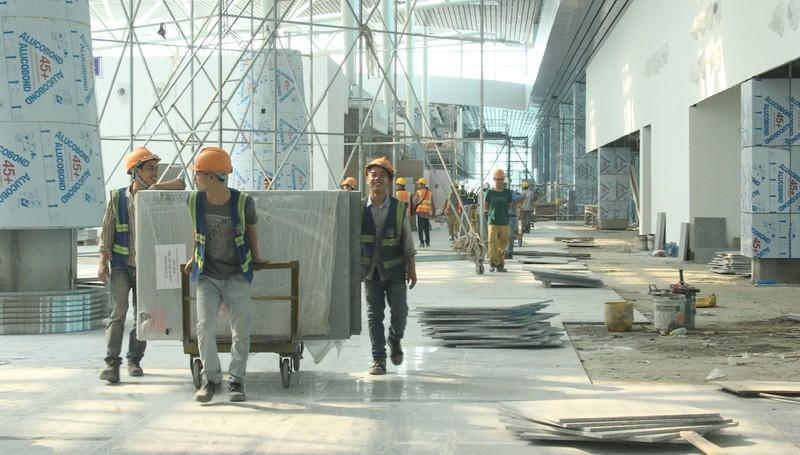 28 ngày nữa sân bay quốc tế Đà Nẵng sẽ hoàn thành - ảnh 2