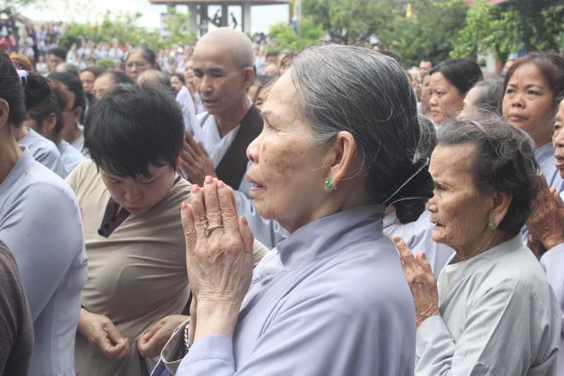 Chùm ảnh: Hàng ngàn người tham dự Lễ hội Quán Thế Âm - ảnh 7