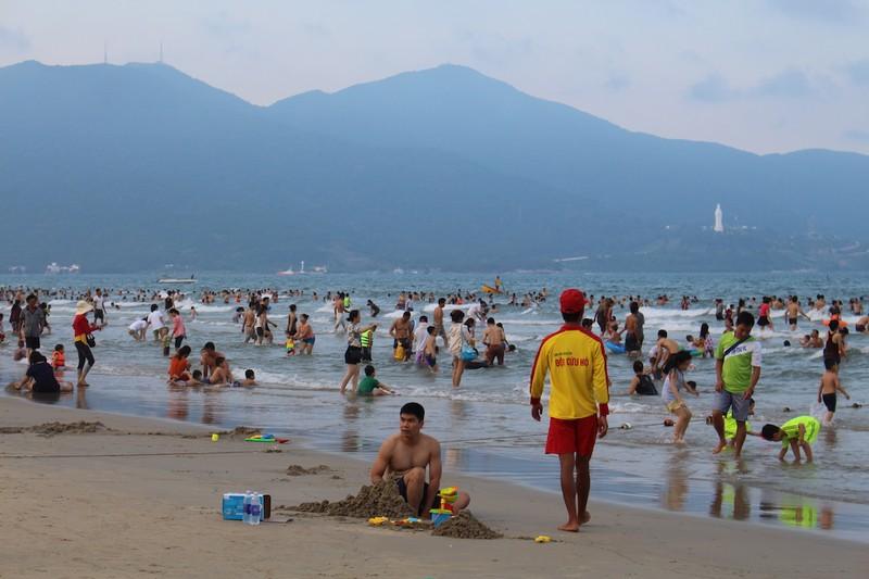 Đà Nẵng đón hơn 5 triệu lượt khách du lịch - ảnh 1