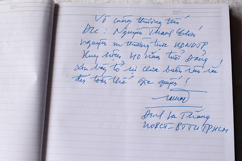 Bí thư Đinh La Thăng viếng ông Nguyễn Thanh Chín - ảnh 2