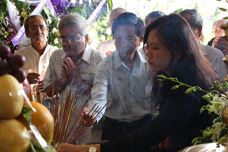 đưa tiễn ông Nguyễn Thanh Chín