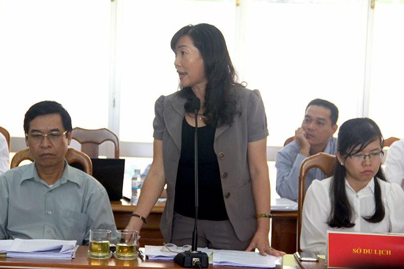 Bà Nguyễn Thị Thanh Mỹ - Phó giám đốc Sở Tài nguyên và Môi trường TP.HCM  cho rằng huyện Cần Giờ nên cân nhắc lại dự án này. Ảnh: LÊ THOA