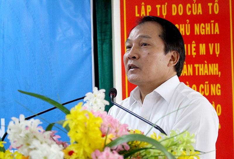 Ông Nguyễn Công Khanh – Cục trưởng Cục Hộ tịch Chứng thực (Bộ Tư pháp) cho biết P.HCM được chọn là nơi thí điểm để triển khai đồng bộ phần mềm đăng ký hộ tịch. Ảnh: LÊ THOA
