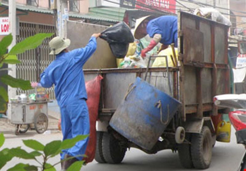 TP.HCM sẽ đấu thầu tìm đơn vị thu gom rác - ảnh 1