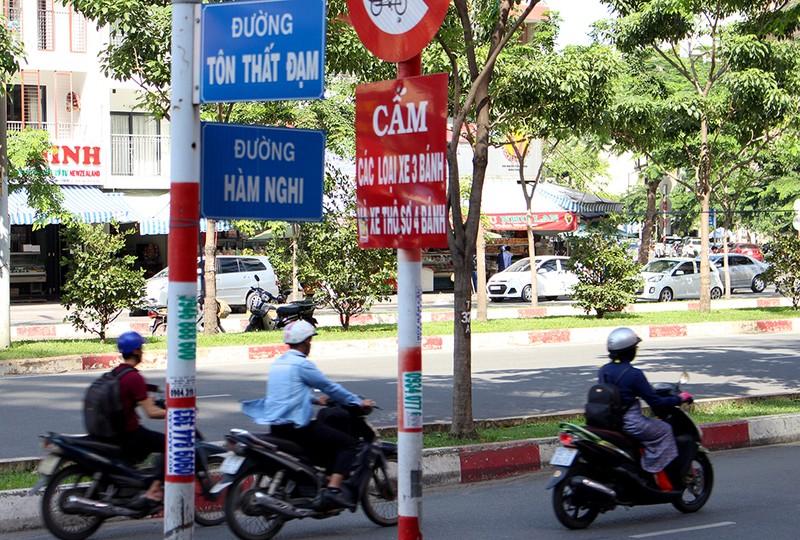 Chùm ảnh: Những tên đường 'có vấn đề' ở TP.HCM - ảnh 11