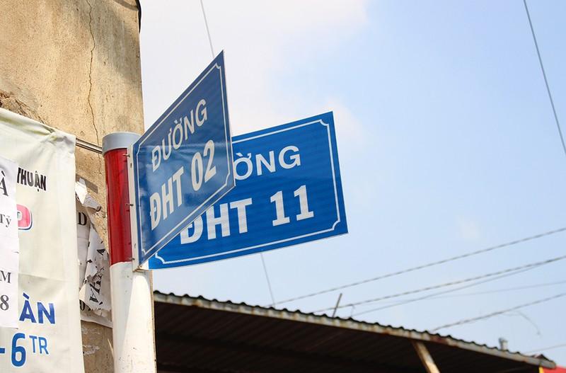 Chùm ảnh: Những tên đường 'có vấn đề' ở TP.HCM - ảnh 1