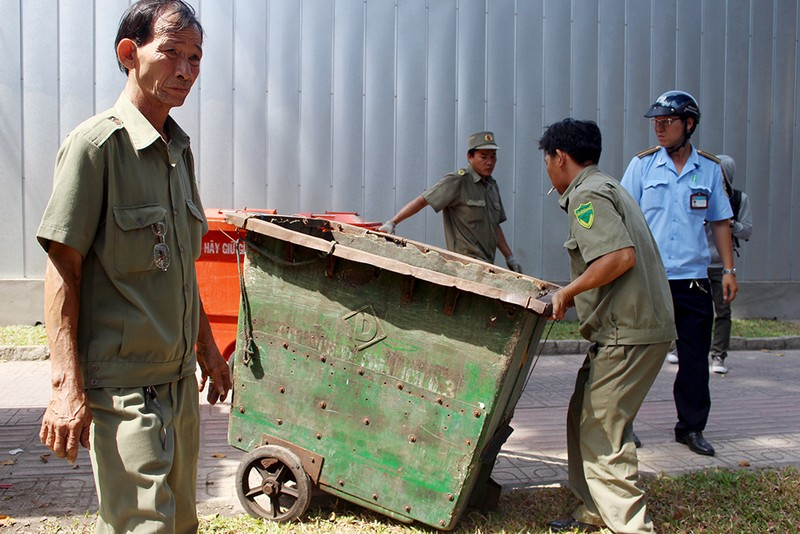 Phó chủ tịch quận 3 dẹp sạch khu vực Hồ Con Rùa - ảnh 7