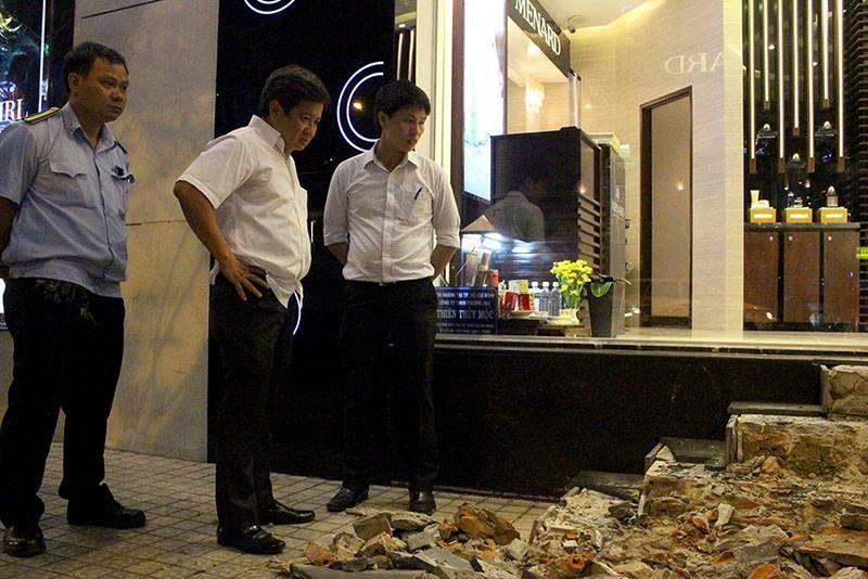 Ông Hải đập bậc tam cấp 10 cửa hàng trước khách sạn - ảnh 2