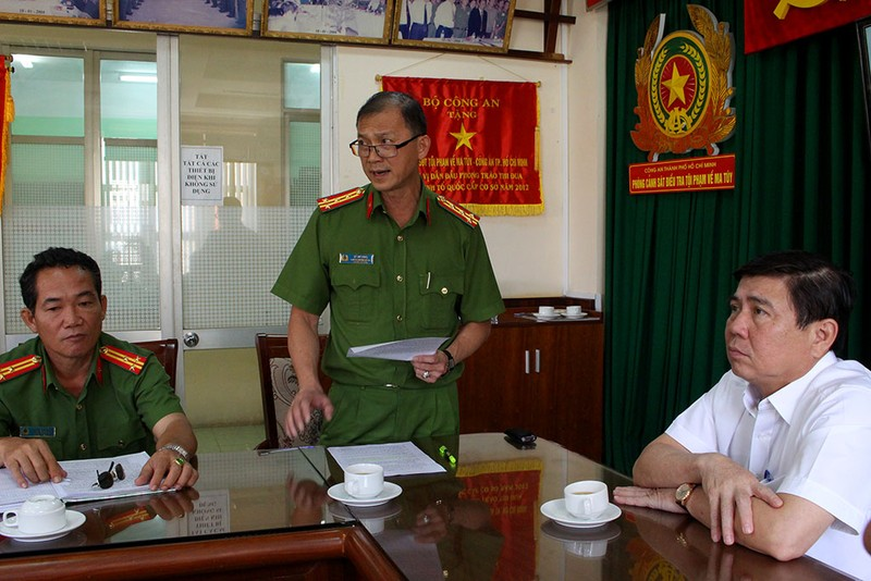 TP.HCM thưởng 'nóng' cho cảnh sát chống ma túy  - ảnh 1