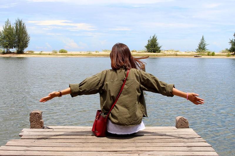 'Chảy nước miếng' với chợ hải sản ở Hồ Tràm - ảnh 16