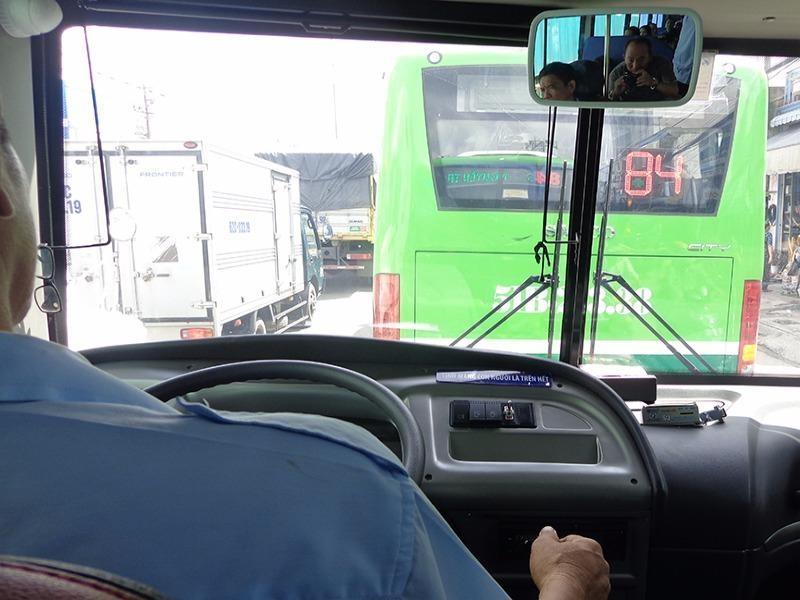 Xe bus tuyến 84