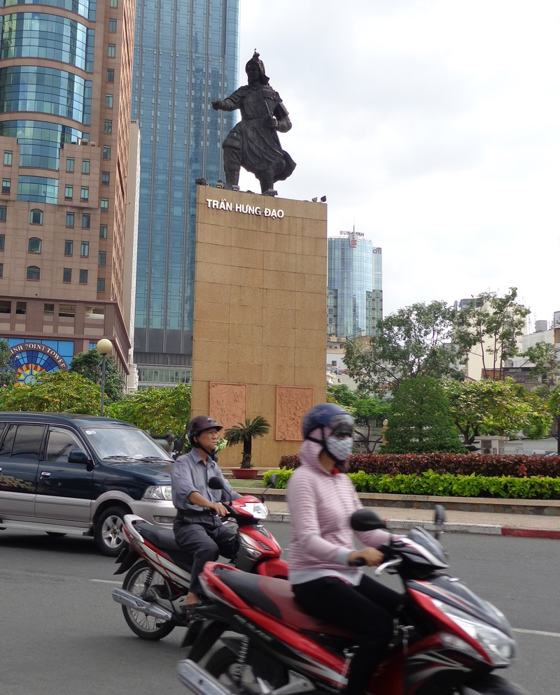 Lộ trình của tuyến số 1 sẽ đi quanh tượng đài Trần Hưng Đạo bên bến Bạch Đằng