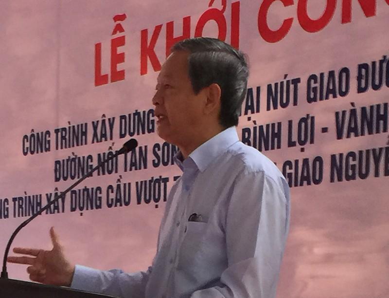 Khởi công hai cầu vượt 'giải cứu' sân bay Tân Sơn Nhất - ảnh 1