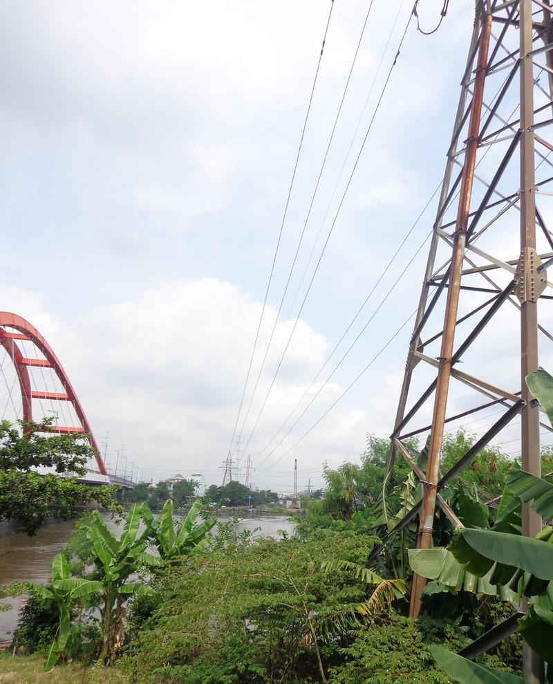 Chậm xây cầu đường sắt Bình Lợi vì cơ quan 'giẫm' nhau - ảnh 2
