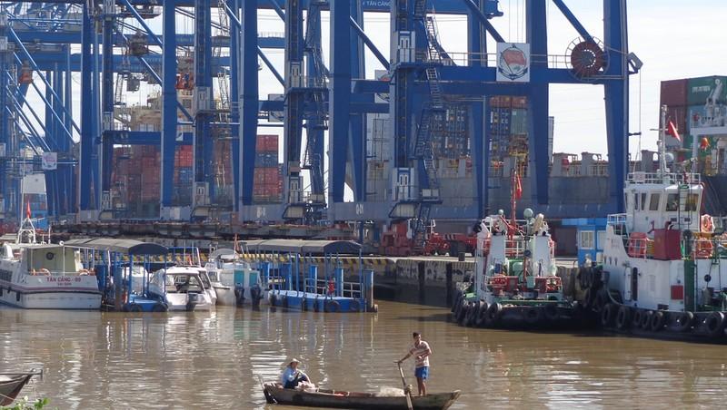 Mở thêm nhiều cảng, đường nối TP.HCM với các tỉnh - ảnh 2