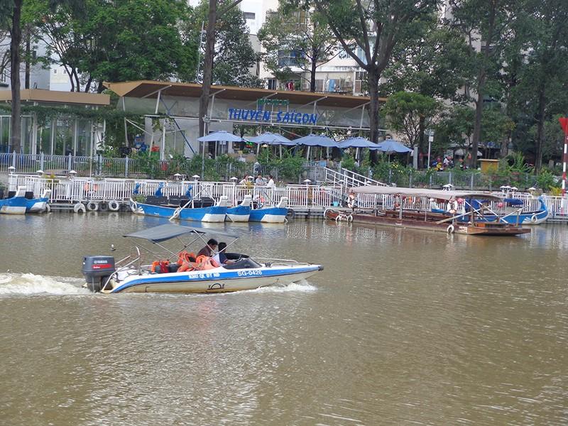 Buýt sông: Không trợ giá, không khách cũng chạy - ảnh 9