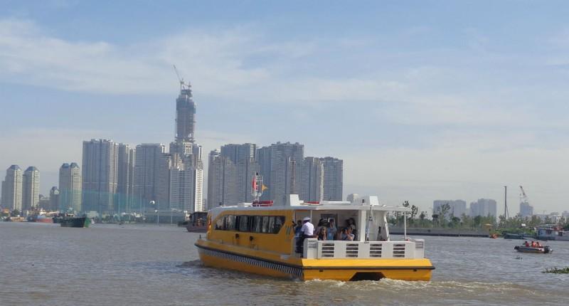 Buýt sông gắn du lịch: 3 thuận lợi, 3 khó khăn - ảnh 3