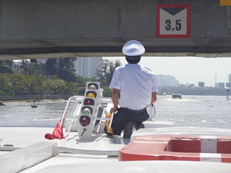 Buýt sông gắn du lịch: 3 thuận lợi, 3 khó khăn - ảnh 6