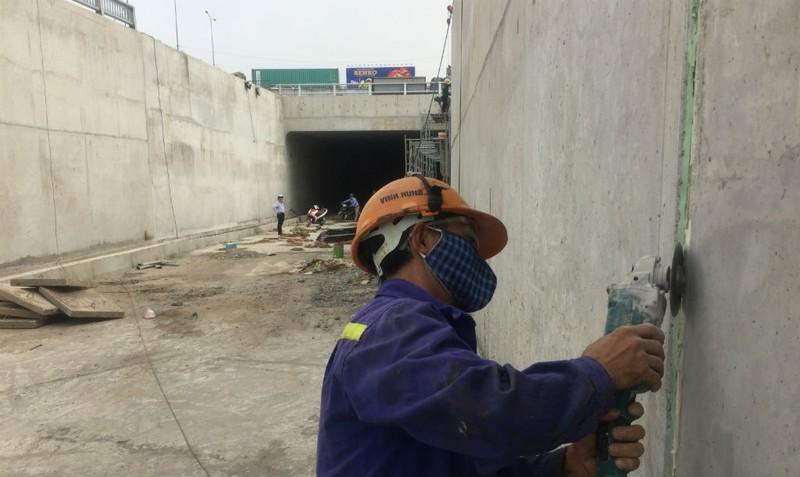 Phóng sự ảnh: Sắp thông xe hàng loạt cầu vượt, hầm chui - ảnh 6